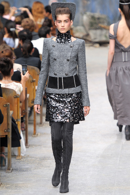 Chanel couture Fall 2013 (Style.com)