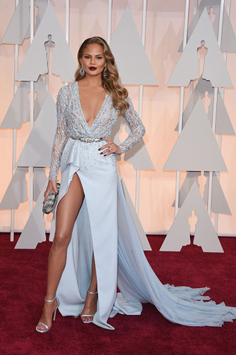 Chrissey Tiegen in a Zuhair Murad gown at the Oscars 2015