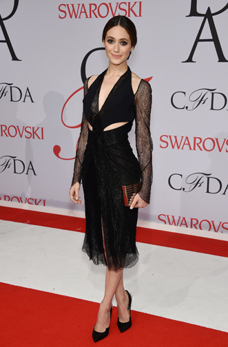 Emmy Rossum in a cutout Dion Lee dress  at the CFDA Awards 2015 (Getty Image)