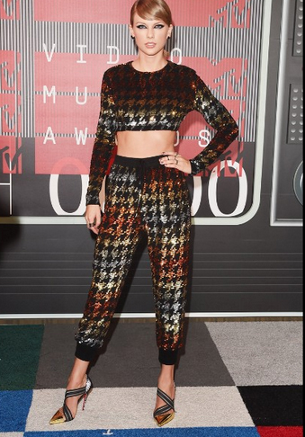 2015 VMA Taylor Swift