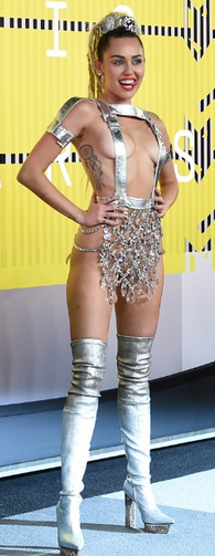 2015 VMA Host Miley Cyrus